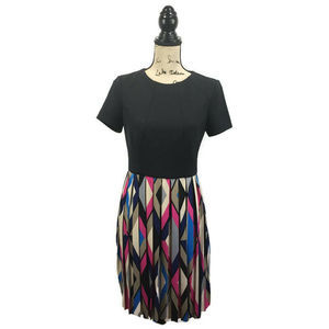 Maggy London 6 Dress Black Geometric Pleated
